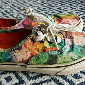 b4d11edfad Vans Shoes - Vans ASPCA Rainbow Kitten Cat Design Kids sz 3.5